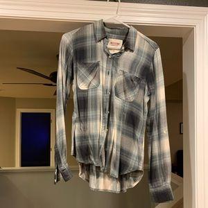 Mission   Plaid flannel button up